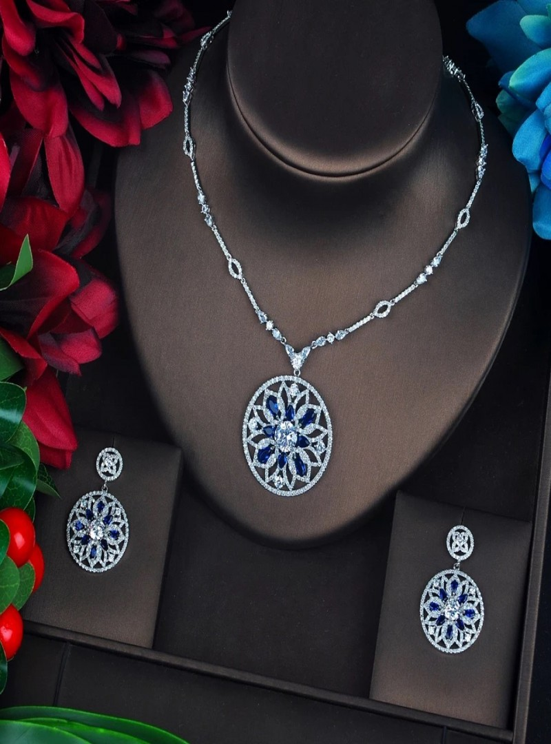Luxury zircon set